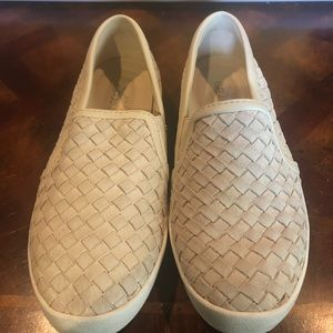 Cole Haan Womens casuals sz 6 cream